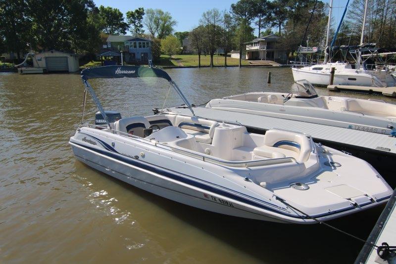 20 Hurricane Deck Boat 150hp Lone Star Marina